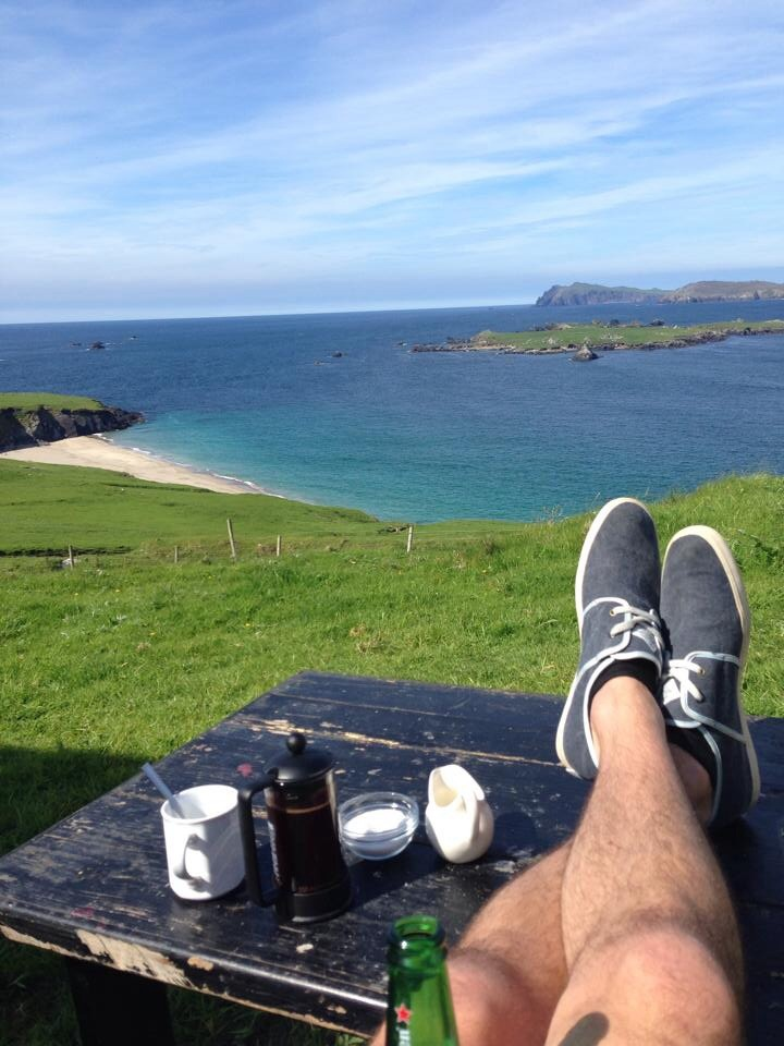 Breakfast with a view on the Great Blasket Island